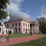 Voorstel: Paleis Zwolle uitbreiden met futuristische zolder