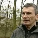 2008 Wederopbouwmonument de Lichtenberg Weert wacht af