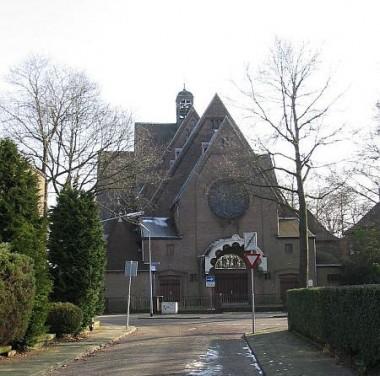 Clemenskerk, Hilversum Foto: reliwiki