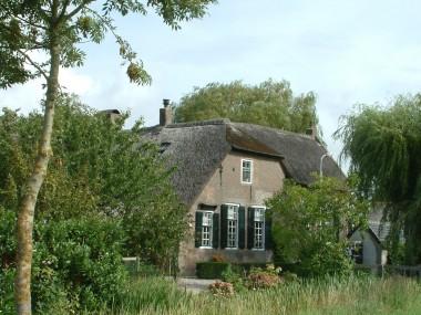 Boerderij in Ottoland. Foto: S.J. de Waard via wikimedia