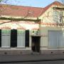 Vrijstaand schoolmeestershuis te koop voor 1 euro