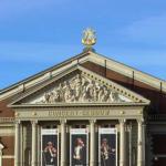 Gouden lier van gevel Concertgebouw gehaald voor restauratie