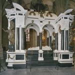 Raadselachtige spetters op graf Willem van Oranje