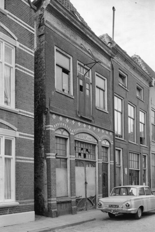 Het verdwenen monument aan de Voorstraat 86 Kampen