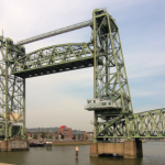 Oude spoorbrug 'De Hef' als Rotterdamse attractie