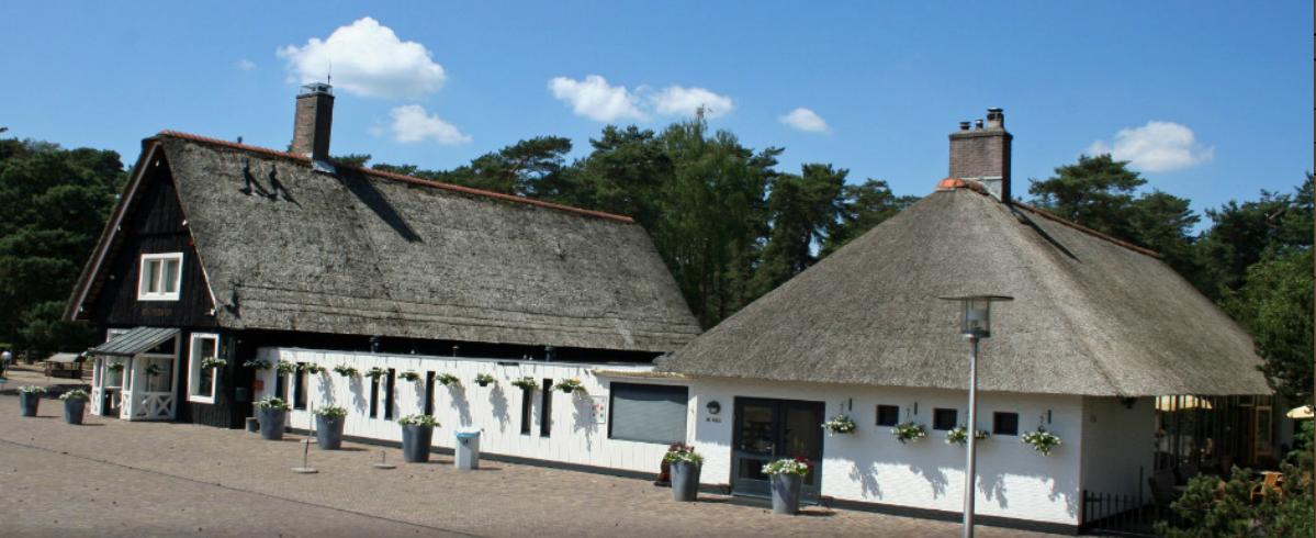 Restaurant De Koperen Kop in Park De Hoge Veluwe. Foto via koperenkop.nl