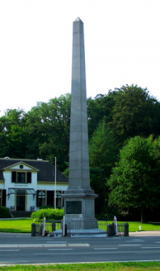 De Naald te Apeldoorn. Foto: Brbbl via wikimedia