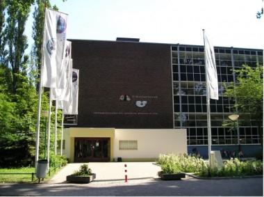Sint Nicolaaslyceum, Amsterdam