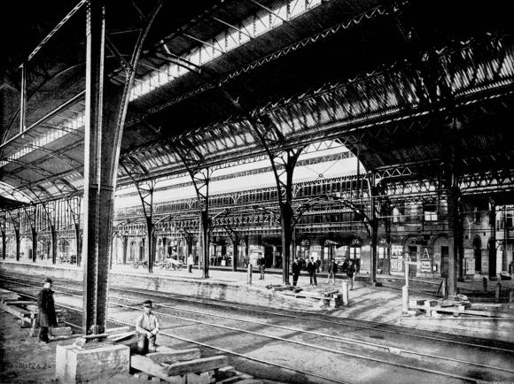 Opgeleverde perronkappen in 1894