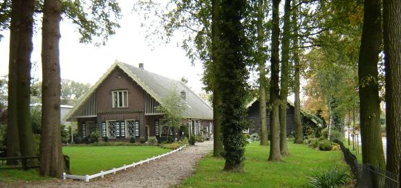Boerderij van Landgoed Scherpenzeel aan de Vlieterweg in Scherpenzeel; foto gemaakt door Wilma Verburg