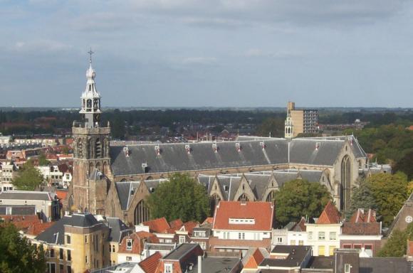 Sint-Janskerk te Gouda. Foto genomen vanuit de Gouwekerk tijdens de Open Monumentendagen 2009.