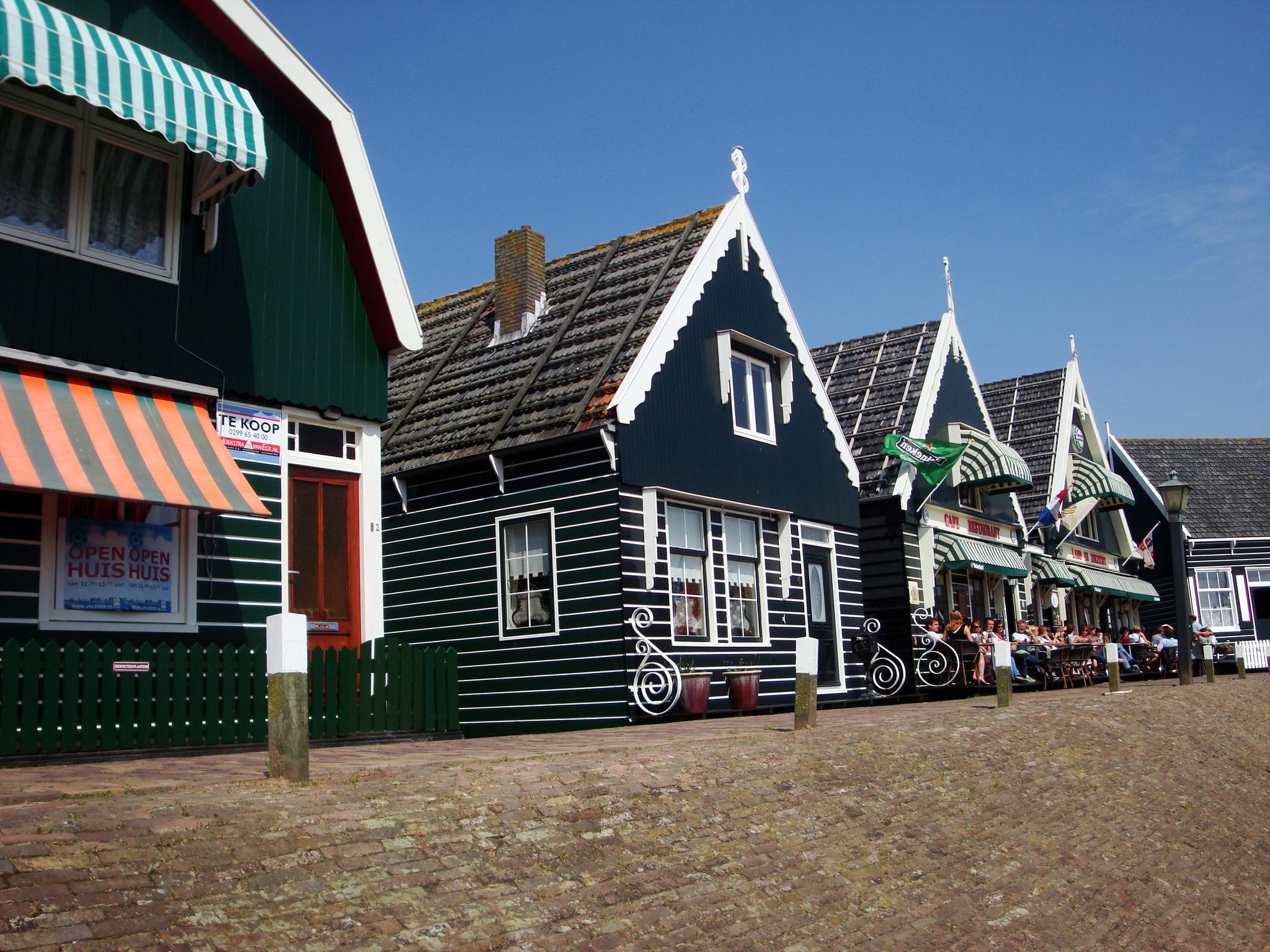 Geld toerisme marken moet terug naar eiland de erfgoedstem - Foto huizen ...