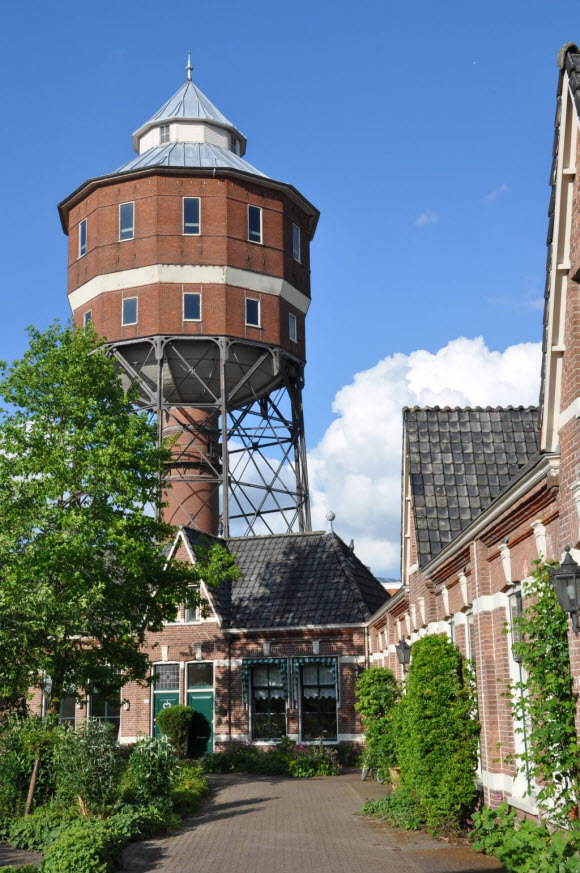 Watertoren Noord. Foto: Taco Tel