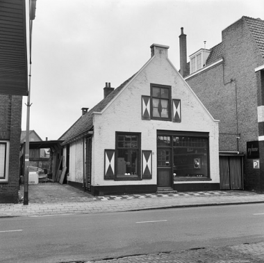 Langestraat 77 Hilversum in 1970. Foto: RCE via wikimedia