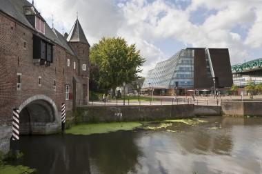 RCE en koppelpoort, Amersfoort. Foto: RCE via wikimedia