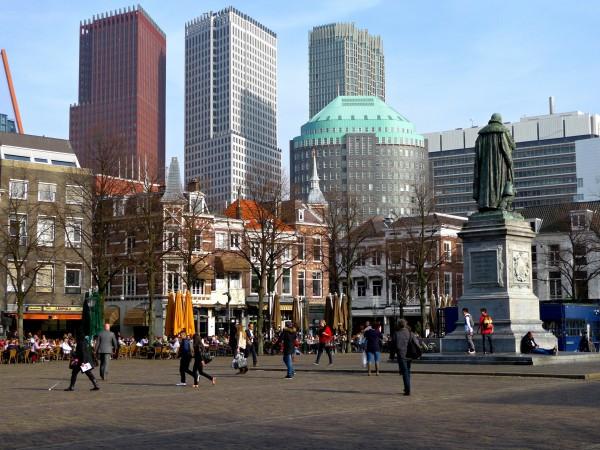 Het Plein, Den Haag