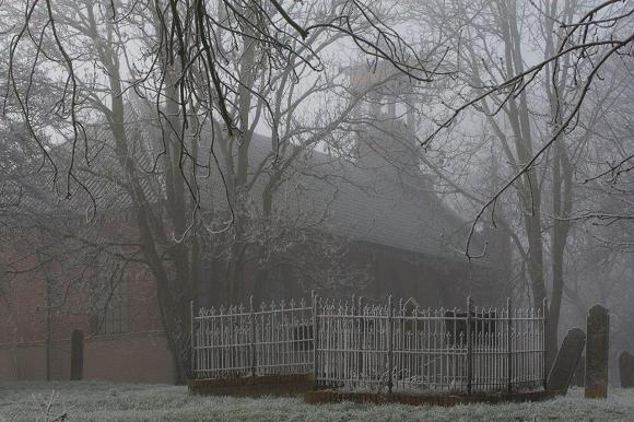 Foto kerk en kerkhof Wittewierum. Fotograaf: André Eijkenaar