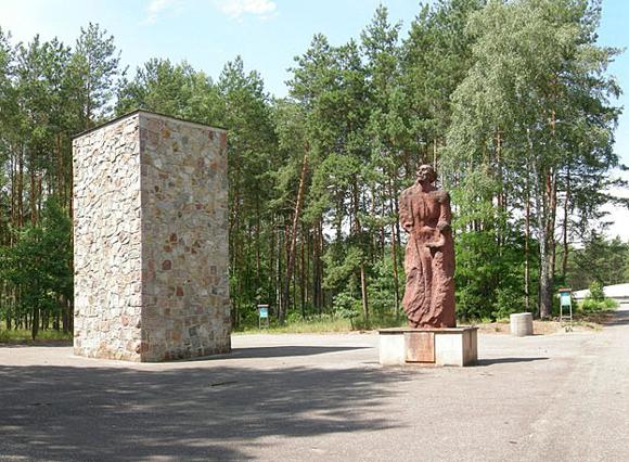 Monument in Sobibor. Foto: Jacques Lahitte