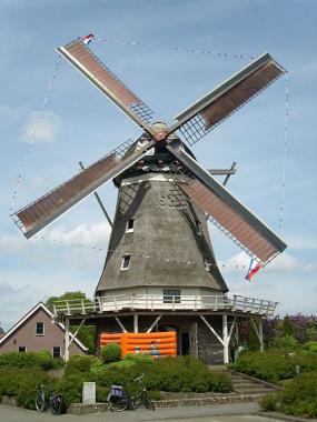 De Oelemolle tijdens de Nationale Molendag 2009. Foto: Vincentmolenaar