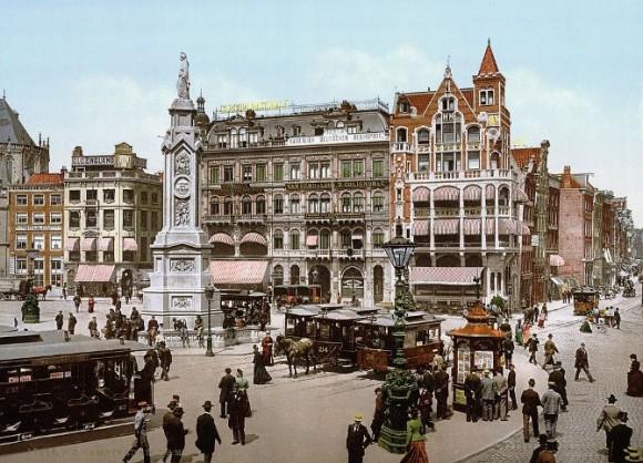 Dam Amsterdam. Foto The Library of Congress in Washington via HP/deTijd