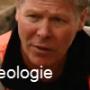 Eeuwenoude kinderschoen bijna volledig intact gevonden (video)