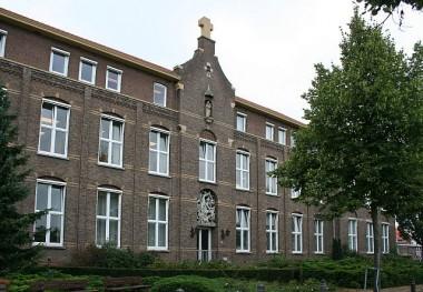 St-Joseph klooster, Heel. Foto via kerkgebouwen-in-limburg.nl