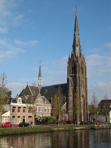 De Laurentiuskerk in Weesp (2010)