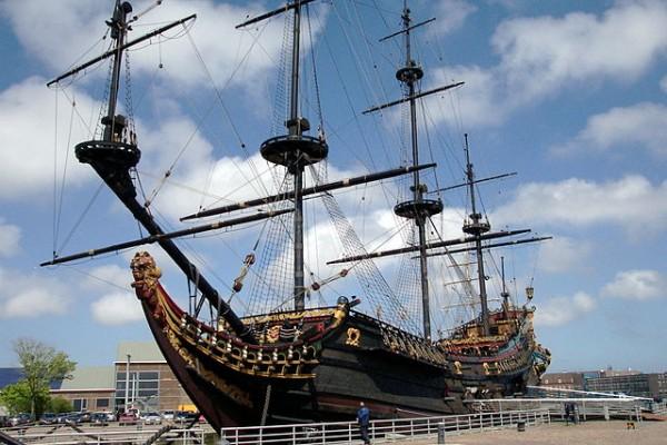 replica van VOC-schip de Prins Willem. Dit is niet de Fortuyn. foto: Wikimedia Commons