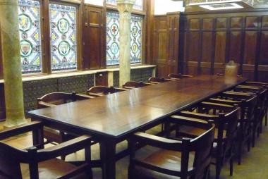 Vergaderzaal voormalig kantoor Nationale Nederlanden, Den Haag Foto: Pvt pauline via wikimedia