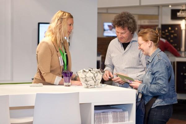 Beursbezoekers Foto via NRF
