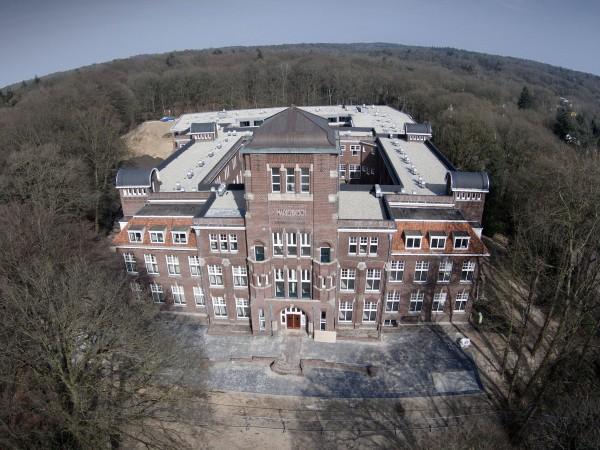 Nieuw studentencomplex Marienbosch, sshn, . Nijmegen, 12-4-2015 . Foto: Gerard Verschooten