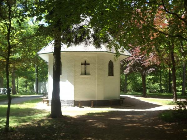 Kapel van de Heilige Eik Foto via monumentje