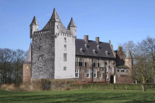 Kasteel Hernen met Donjon Foto: Geldersch Landschap & Kasteelen