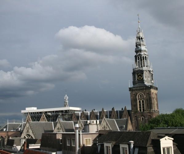 Oude Kerk met platform in aanbouw Foto: De Erfgoedstem
