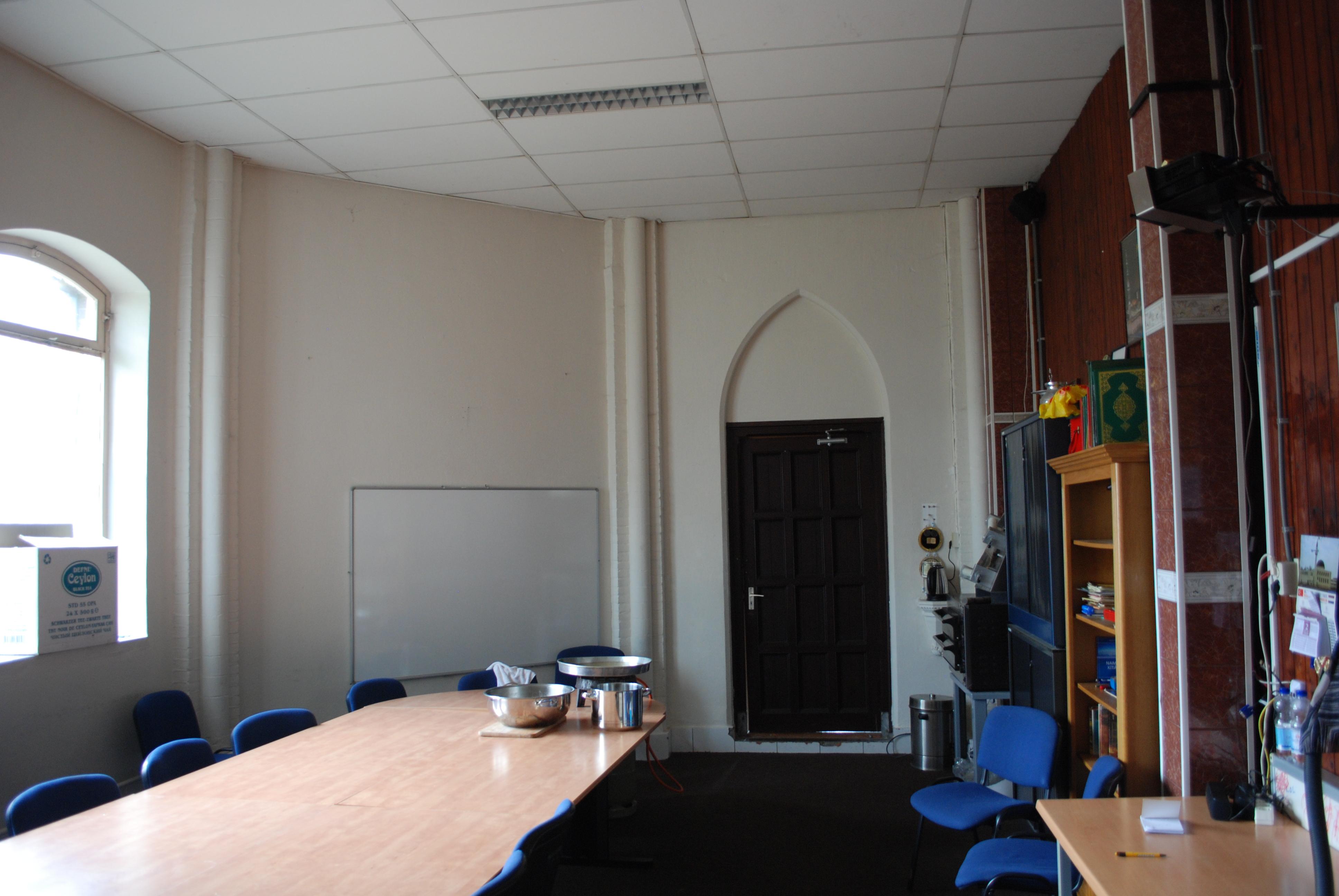 De enige extra ruimte voor alle niet religieuze bezigheden de erfgoedstem - Organiseren ruimte voor een extra ...