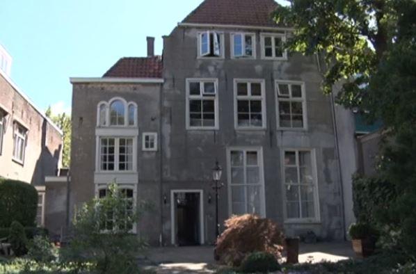 Burgermeesterswoning, Hoorn Foto via RTVNH