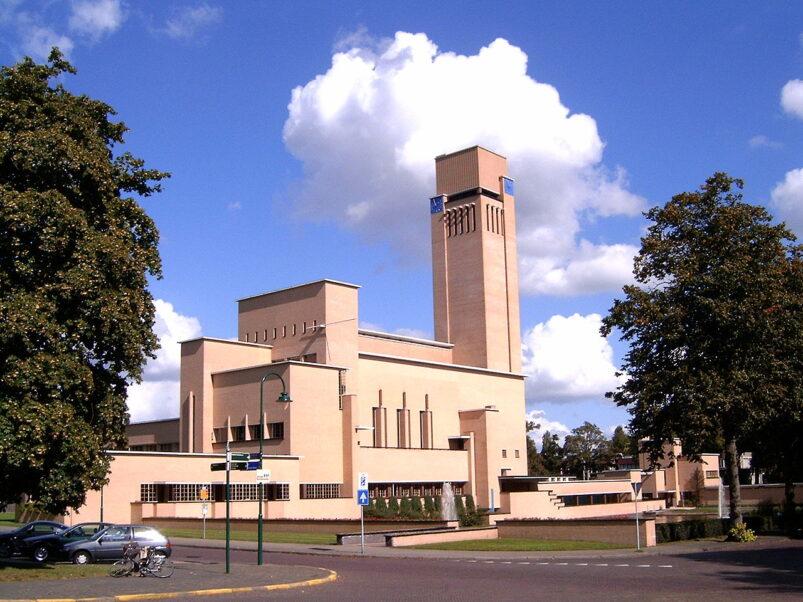 Het Raadhuis in Hilversum