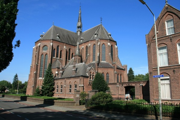 Heilig Hartkerk, Boxtel Foto: Wesselink via reliwiki
