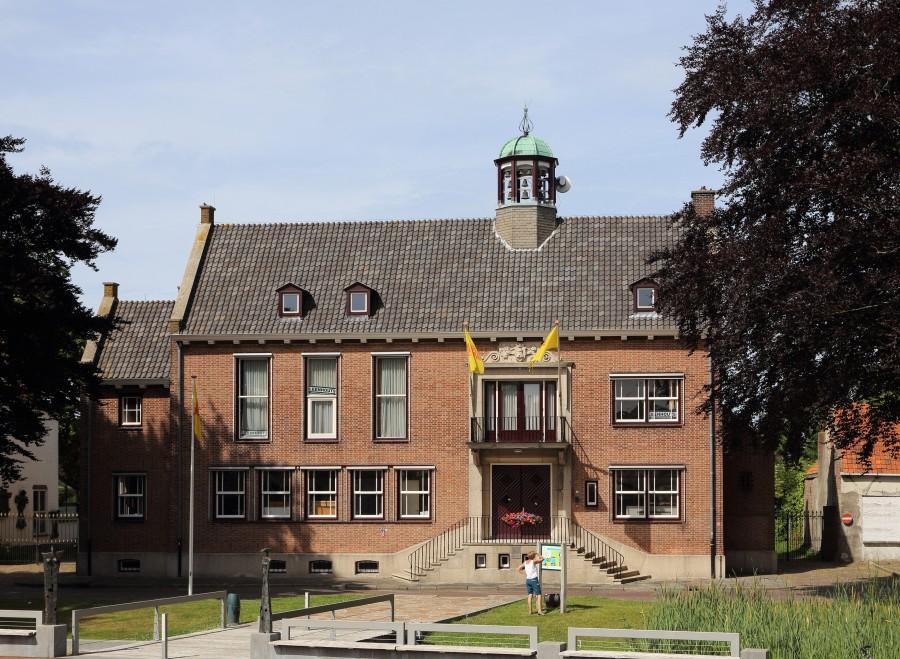 Het oude stadhuis van Aardenburg: de mogelijke locatie van het nieuwe archeologische museum foto: Marc Ryckaert