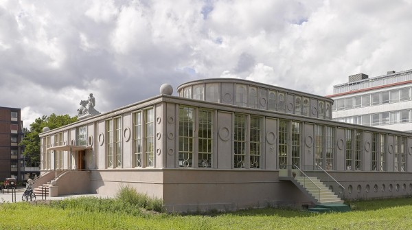 Voormalig kantoorgebouw De Holland Foto: Joep Jacobs via architectenweb