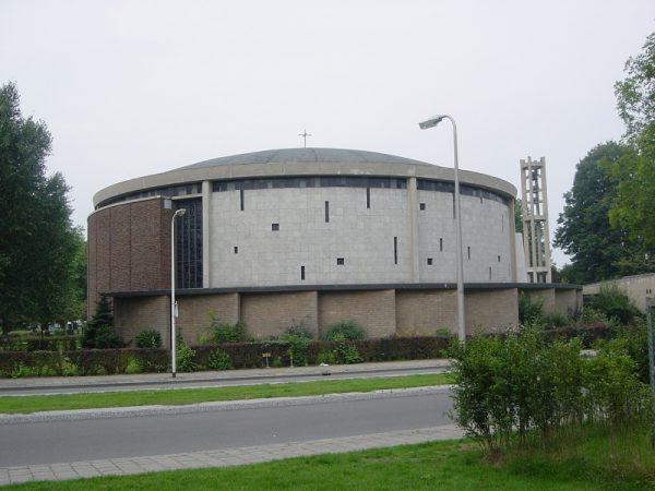 St. Raphaelkerk, Hengelo Foto: H.E. Wesselink via Reliwiki