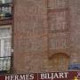 Amsterdam Zuid gaat oude gevelreclames restaureren