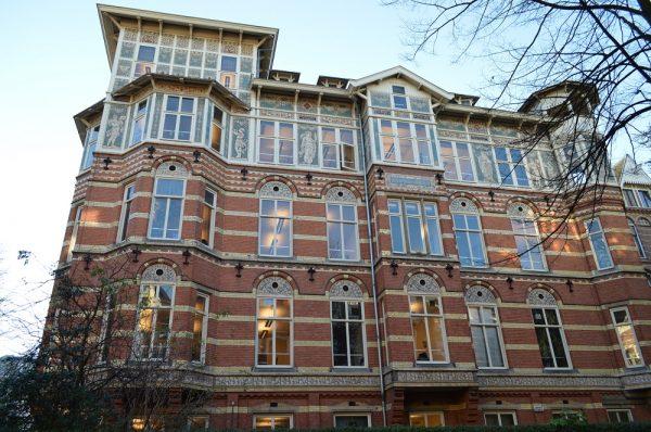 Gebouw van het Internationaal Verbond van Vakvereenigingen, Amsterdam Foto via Architectenweb
