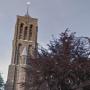 Sloop dreigt voor kerk Azewijn