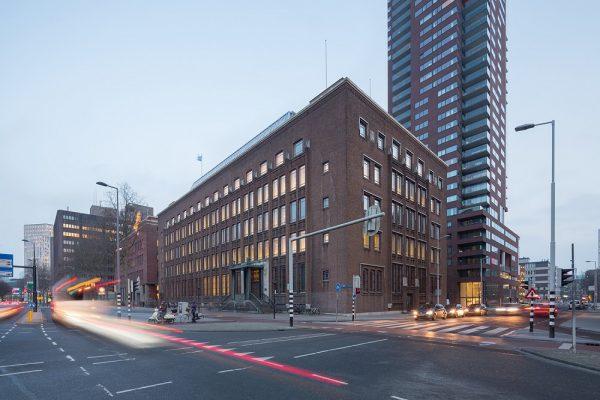 Nederlandsche Handelsmaatschappij, Blaak 34, Rotterdam Foto: Ossip van Duivenbode via architectenweb