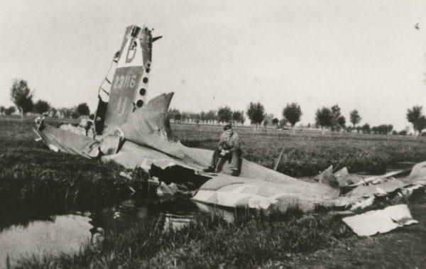 Restanten neergestort vliegtuig, Tweede Wereldoorlog