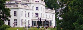 Nieuwe functies voor kastelen en buitenplaatsen: Een eeuw herbestemming