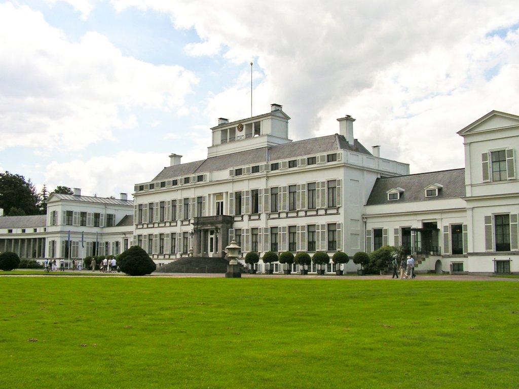 Plan voor woningen bij paleis Soestdijk valt slecht bij provincie