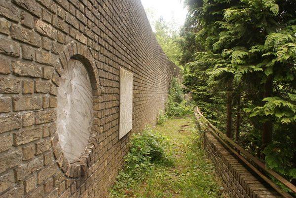 Muur van Mussert, Lunteren
