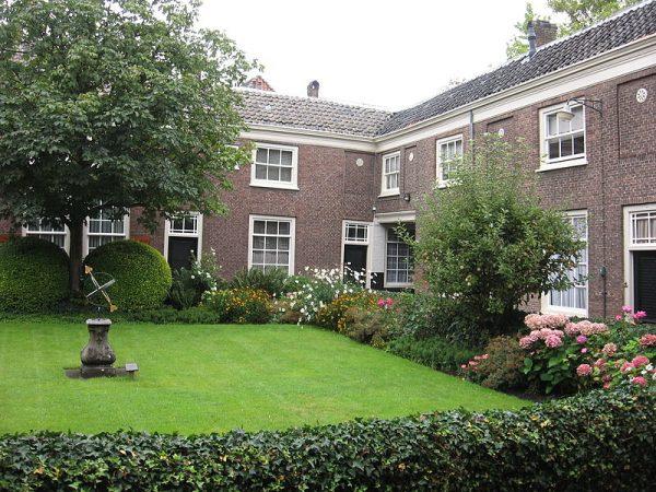 Regenten- en Lenghenhof Dordrecht